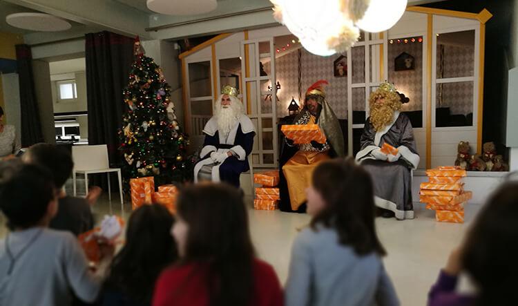 Los Reyes también han llegado a la Fundación Un Abrazo de Luz